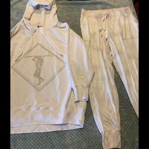 American Eagle sweatshirt and joggers